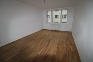 YES - Toplage - entzückende 2 Zimmerwohnung - schön saniert - mit Loggia