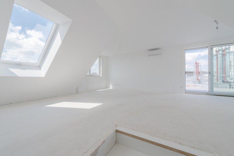 ++NEU** Hochwertige 3-Zimmer DG-Maisonette, Erstbezug, tolle Aufteilung! riesige Dachterrassen, toller Ausblick!! komplett sanierter Altbau! ***Videobesichtigung*** /  / 1200Wien / Bild 0