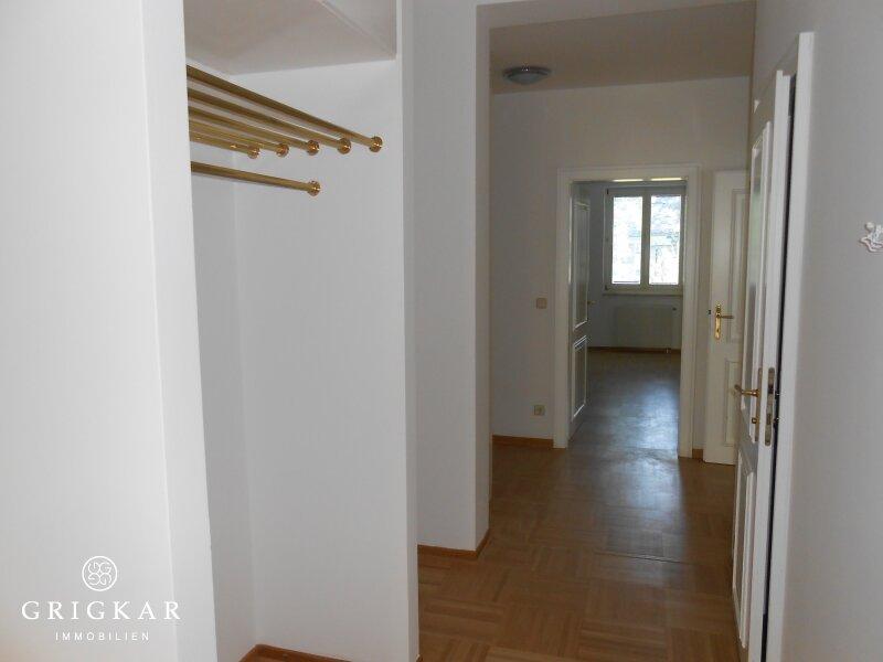 traumhafte, großzügige Wohnung mit großem Süd-Balkon im Cottageviertel unbefristet zu vermieten /  / 1190Wien / Bild 2