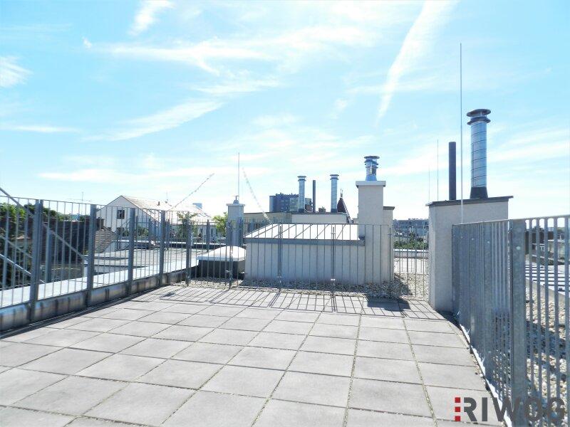 Im Herzen Hetzendorfs - Dachgeschoss-Wohnung mit zwei Terrassen und traumhaften Weitblick   inkl. Stellplatz /  / 1120Wien / Bild 6