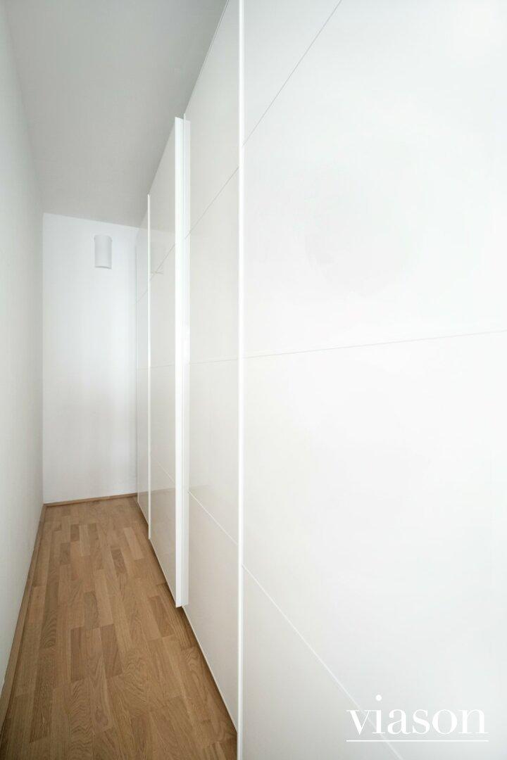 Schrankraum Schlafzimmer Innenhof