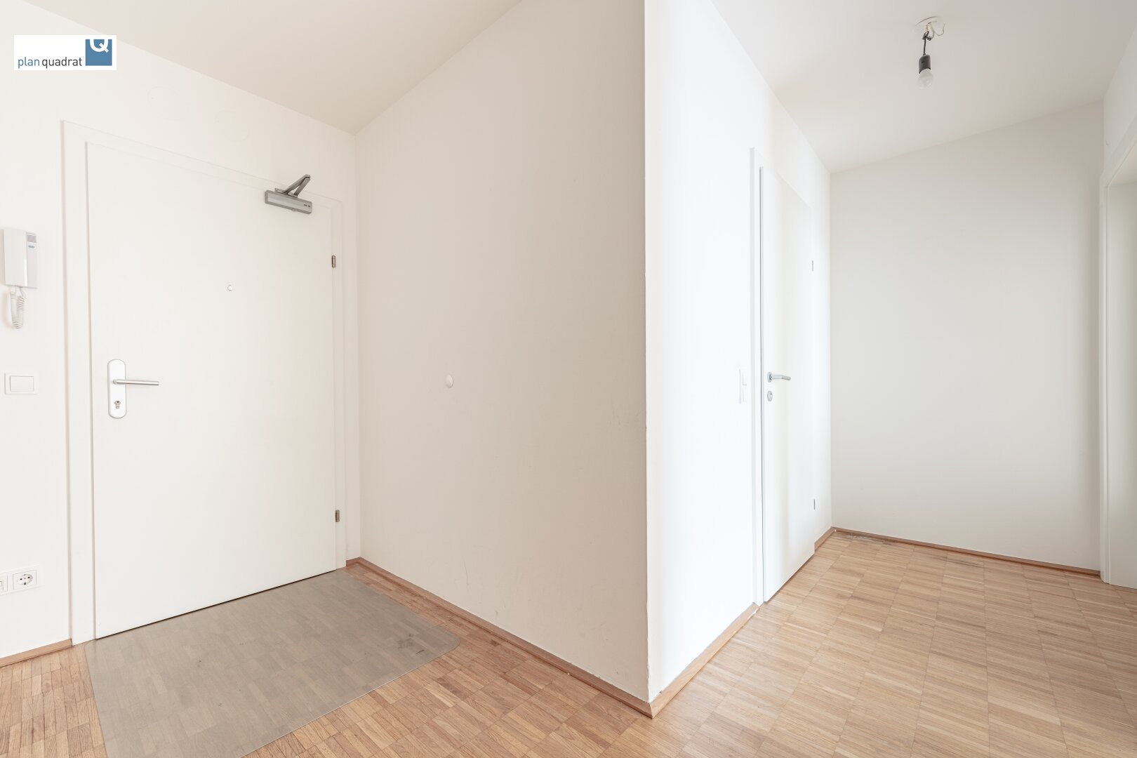 Vorraum (ca. 9,10 m²)