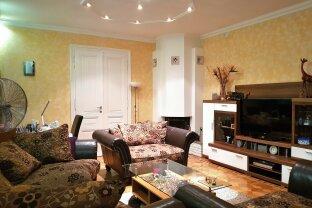 4-Zimmer Wohnung, mit großzügigem Wohnzimmer und Kamin - 012850