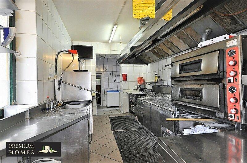 Radfeld_Gasthaus_Pizzeria_Küche
