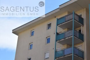 Anlegerobjekt: Schöne Dachgeschosswohnung, 2 Zimmer mit großem Balkon in Neu-Rum
