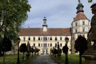 +SCHLOSS SCHWARZENAU+ - DAS prächtigste Renaissanceschloss Österreichs steht zum Verkauf!