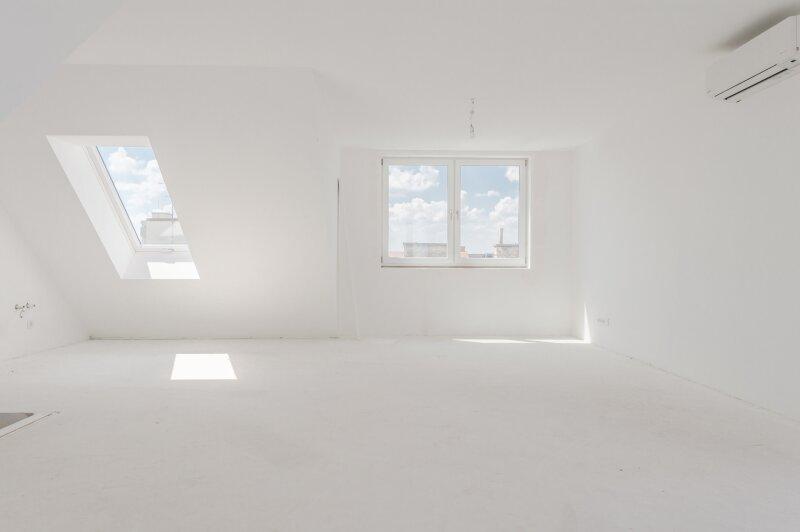 ++NEU** Hochwertige 3-Zimmer DG-Maisonette, Erstbezug, tolle Aufteilung! riesige Dachterrassen, toller Ausblick!! komplett sanierter Altbau! ***Videobesichtigung*** /  / 1200Wien / Bild 1