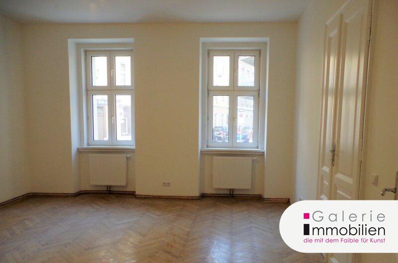Erstklassige 4-Zimmer-Wohnung in saniertem Altbauhaus - barrierefrei Objekt_32522