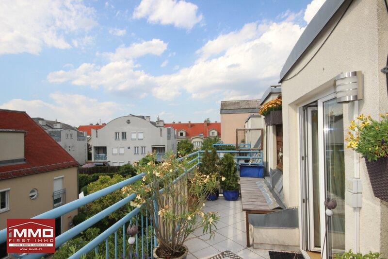Schöne und gepflegte 3 Zimmer DG-Wohnung mit großer SW-Terrasse und Grünblick! /  / 1230Wien / Bild 1