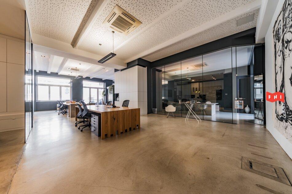 Stylishes Loftbüro in Neubau zum Kauf