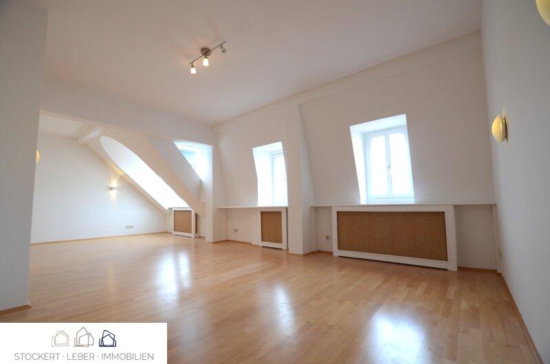 1-Zimmer Wohnung mit Blick auf den Stephansdom