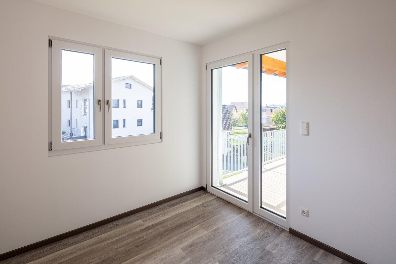 Ausblick v. Wohn-Essbereich einer 46 m² Wohnung im OG