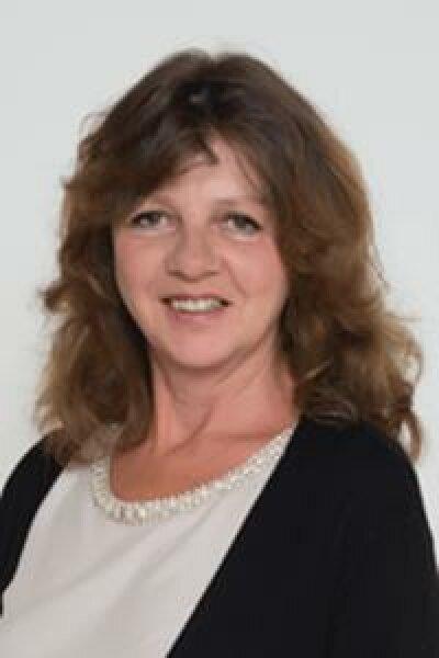 Manuela Handler