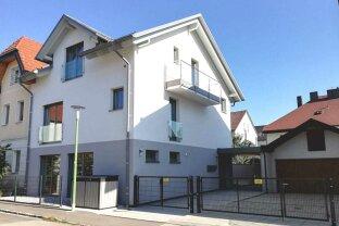 Moderne Mietwohnung im Erdgeschoss, mit Carport und Garten, in Zentrumsnähe!