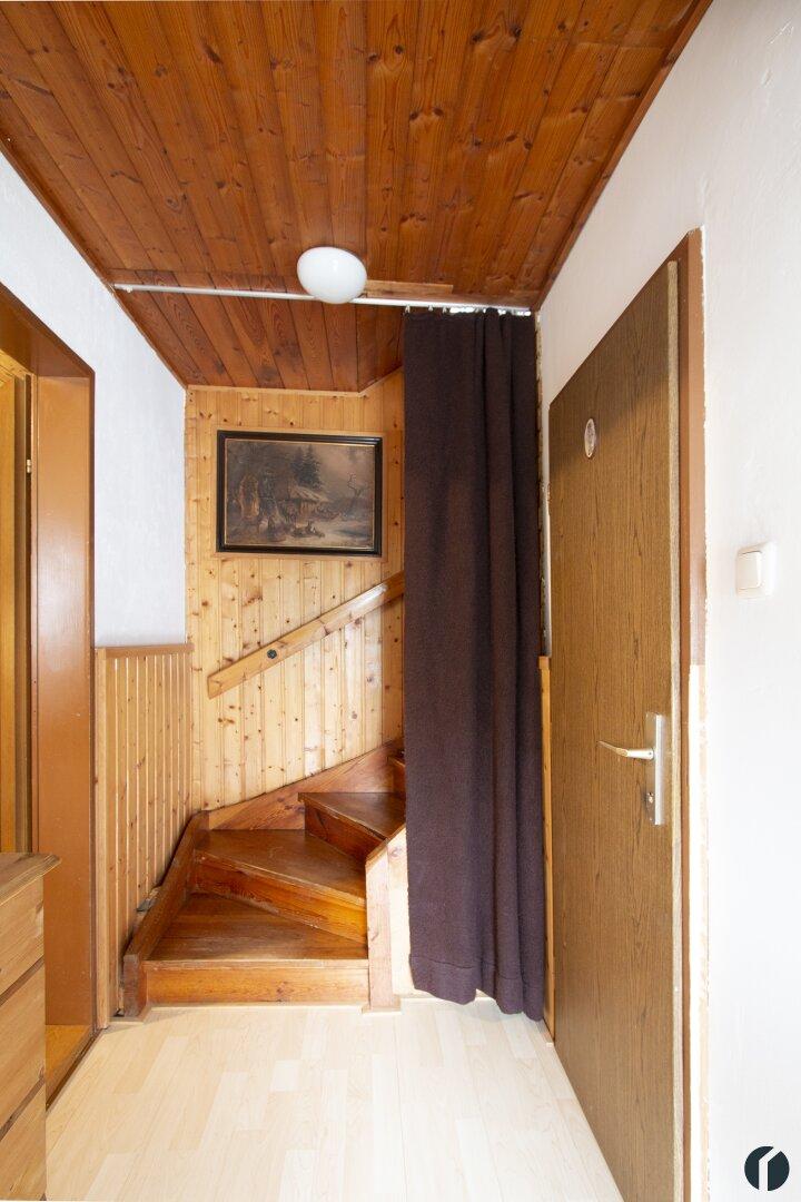 Stiegenaufgang zum Obergeschoss