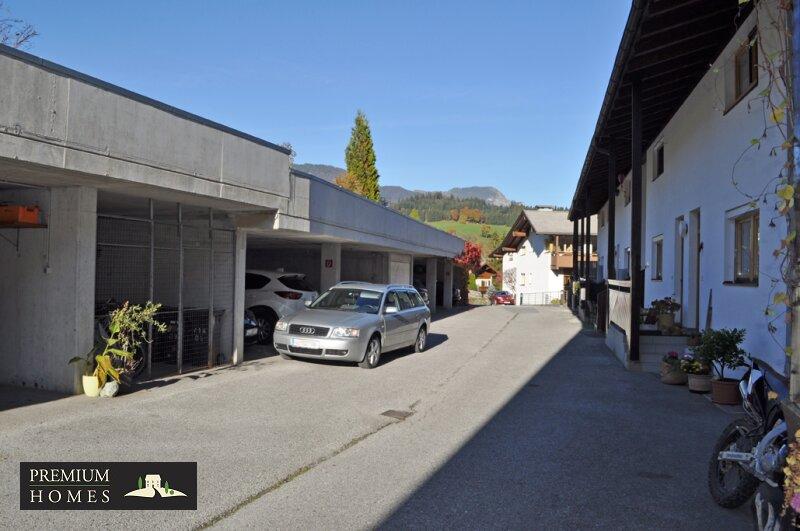 Breitenbach-Dorf-Mietwohnung-Einfahrt