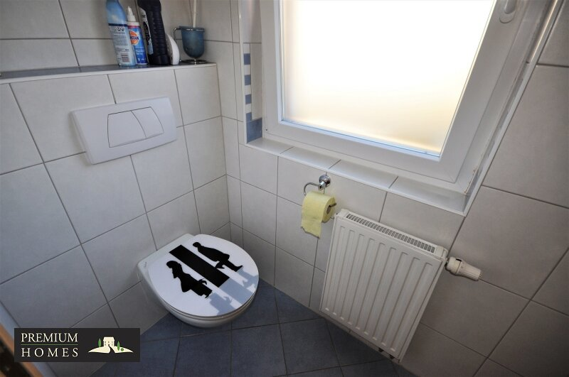 Angerberg_Doppelhaushälfte_Gäste-Toilette