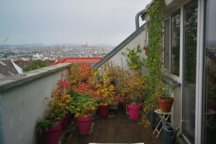 Anlagewohnung im Dachgeschoss mit großer Terrasse und Fernblick