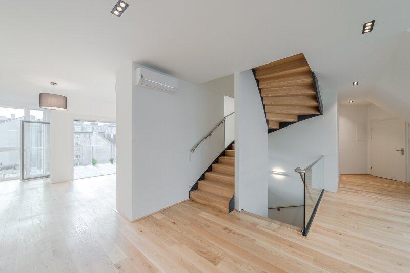 ++RARITÄT** Außergewöhnliche DG-MAISONETTE in TOP-CityLAGE! Altbaucharme + moderne Dachgeschosswohnung! Ruhelage! /  / 1020Wien / Bild 0