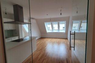 Entzückende, gut aufgeteilte 2-Zimmer-Dachgeschosswohnung! Klimaanlage! U-Bahn-Nähe!