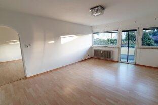 Ruhige 2-Zimmer-Mietwohnung mit Balkon Zentrum Kufstein, Tiefgaragenplatz