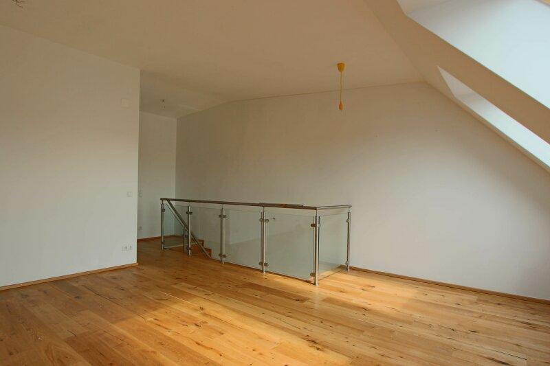 Hochwertige DG Wohnung mit Balkon und Designküche! /  / 1160Wien / Bild 7