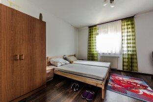 NEUER PREIS! Ruhige 4 Zimmer Wohnung für Sportler ohne Lift, aber mit Autoabstellplatz