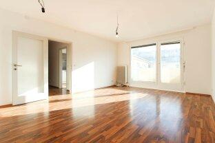 Äußerst geräumige 2-Zimmer Wohnung mit Balkon! U-Bahn Nähe