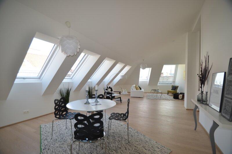Wunderschöne Dachgeschoßwohnung mit toller Dachterrasse - Erstbezug