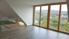 Exklusives Wohnen 4 Zimmer Maisonette mit Balkon/Terrasse, Wellness/Fitness Waldbereich
