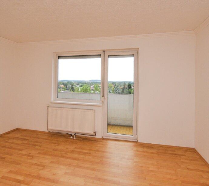 *** V E R K A U F T *** Generalsanierte 4-Zimmer-Wohnung in St. Pölten Wagram *** V E R K A U F T ***