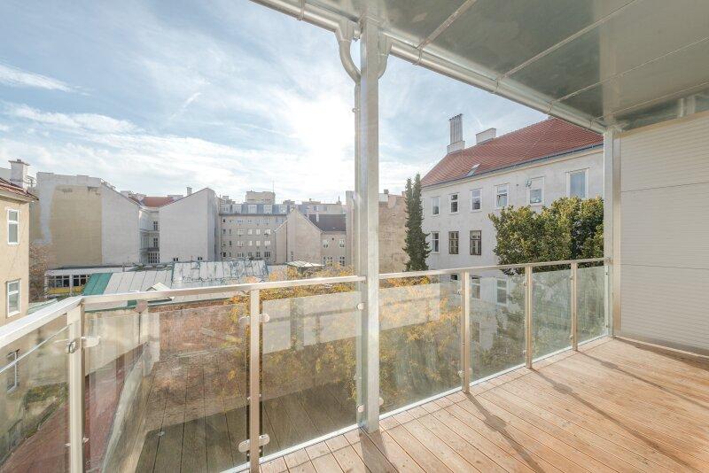 ++RARITÄT** Außergewöhnliche DG-MAISONETTE in TOP-CityLAGE! Altbaucharme + moderne Dachgeschosswohnung! Ruhelage! /  / 1020Wien / Bild 19