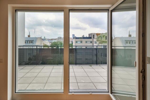 Foto von !Seltenheit! Attraktive 2-Zimmer DG-Wohnung einschließlich ostseitiger Terrasse!
