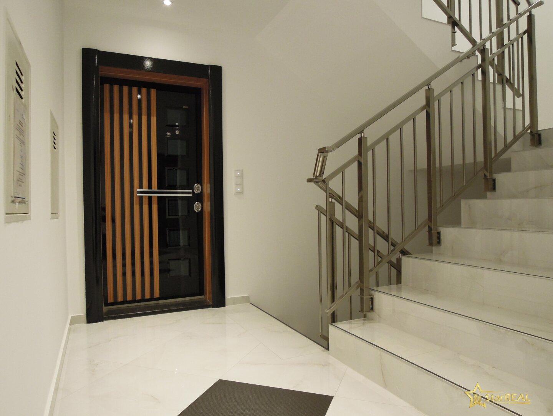 Wohnungseingangstüre