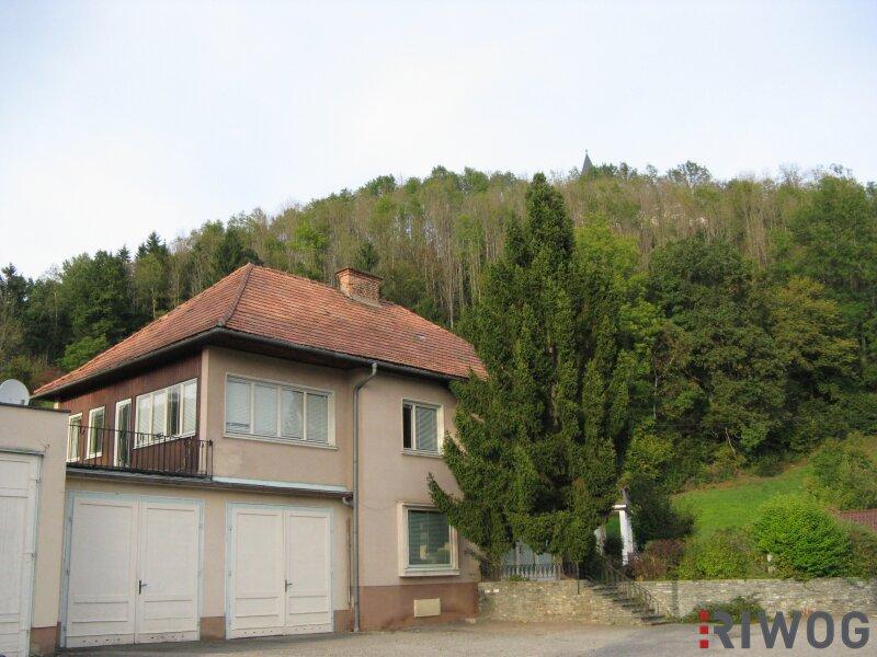 ##Wohn- Geschäftshaus mit 4 Doppelgaragen - Straßburg, ausbaubar als Bürohaushaus##