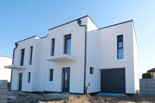 338 m² ZWEIFAMILIENHAUS mit 10 Zimmer + 2 GARAGEN / NEUBAU 2020 / nur 10 km vom Kreisverkehr FAVORITEN