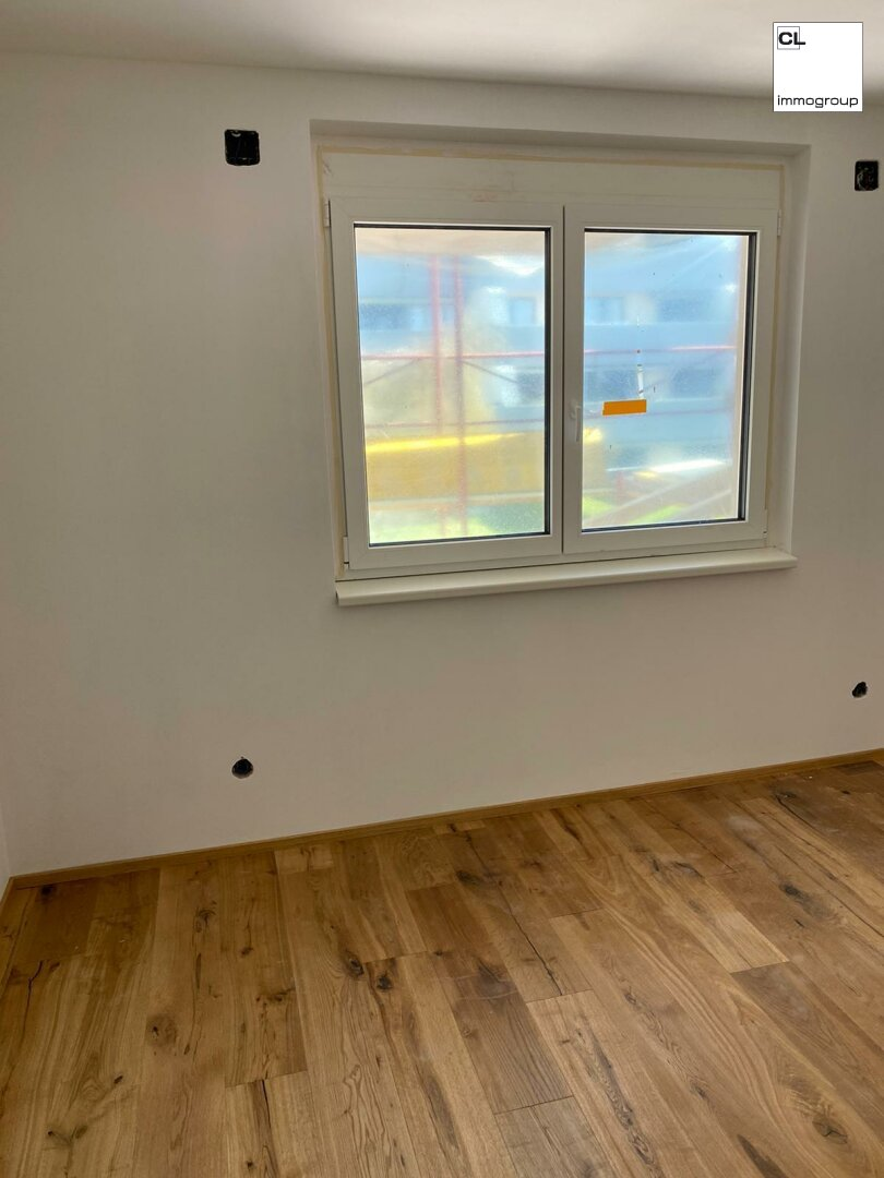 Demo Parkettboden & Fenster