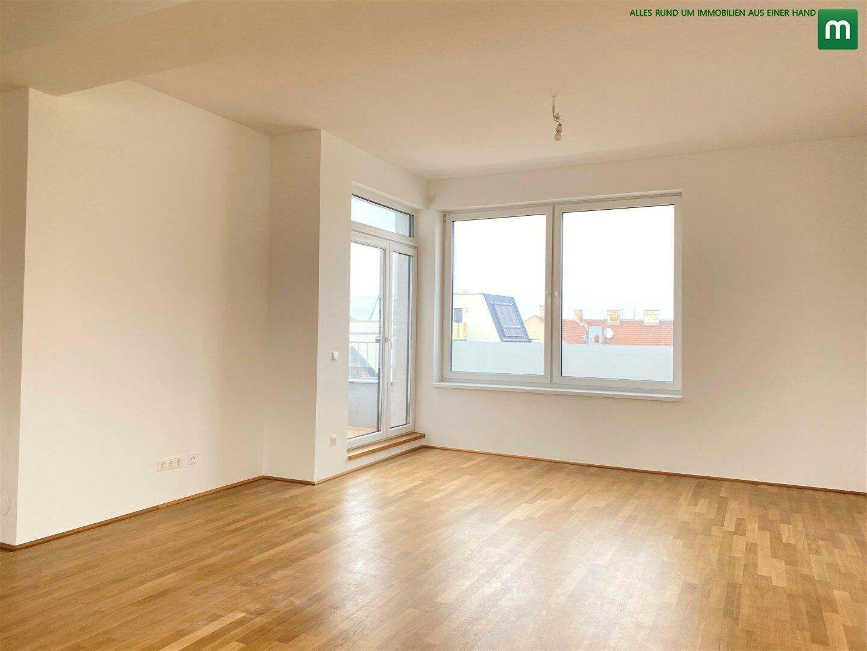 Wohnzimmer / Ausgang auf die Terrasse
