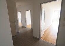 Moderne 2-Zimmer-Wohnung mit großer, heller Wohnküche