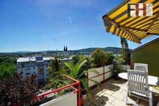Sonnige Dachgeschoßwohnung mit zwei Dachterrassen und traumhaftem Wientalblick