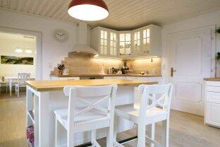 VERKAUFT!!! Schönes Ein- oder Zweifamilienhaus für Gartenliebhaber