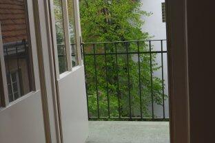 Ruhige Atlbauwohnung mit Balkon und Lift