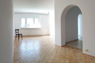 Wunderschöne, sonnige Wohnung, frisch renoviert
