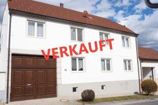 sonniger 2.137m²Bio-Bauernhof mit220m² Wohnhaus, Scheune, Stallungen und vielen Extras