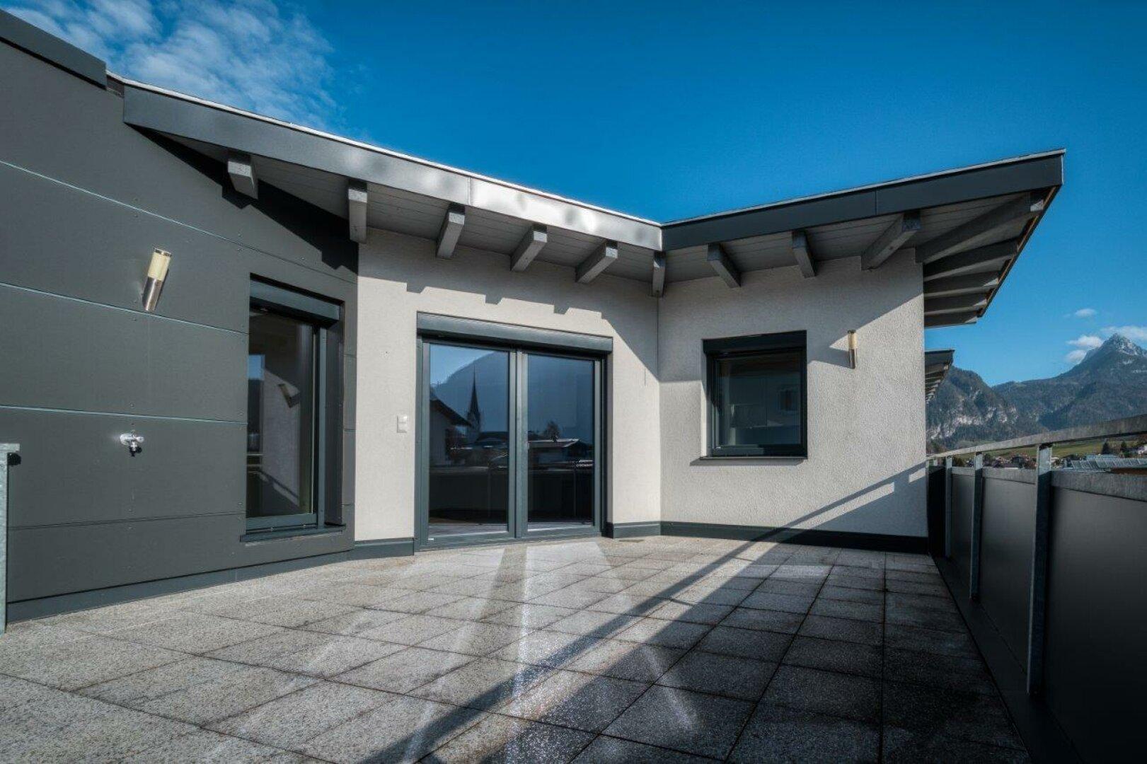Große Terrasse, 4-Zimmer Maisonette Wohnung, Schwoich