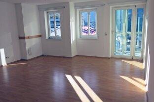 VERMIETET Kufstein Zentrum: Gepflegte helle 3-Zimmer Wohnung mit Tiefgaragenplatz