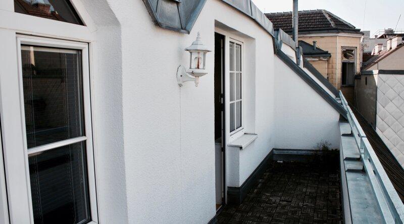 SELBST GESTALTEN? 4-Zimmer Dachgeschoßwohnung in bester Wohnlage /  / 1180Wien / Bild 2
