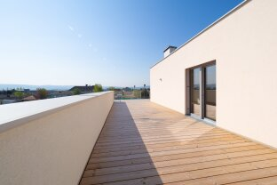 NEU: mit Videobesichtigung, 4-ZI DG Wohnung mit großer Terrasse