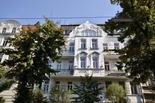 Elegante, teilmöblierte Terrassenwohnung in bester Lage