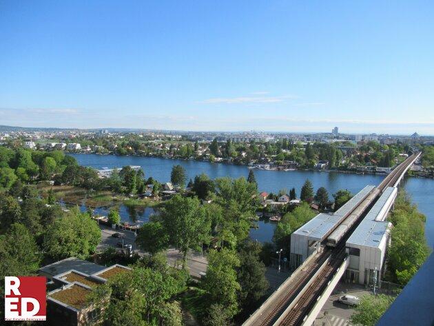 Panoramablick von der Alten Donau bis zur UNO City